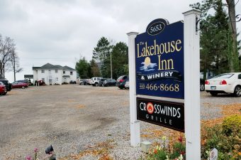 When in Geneva Ohio: Stay at The Lakehouse Inn