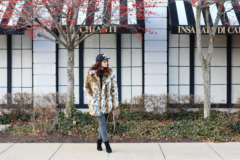 Jill Yoga Pants, Topshop Faux Fur Coat